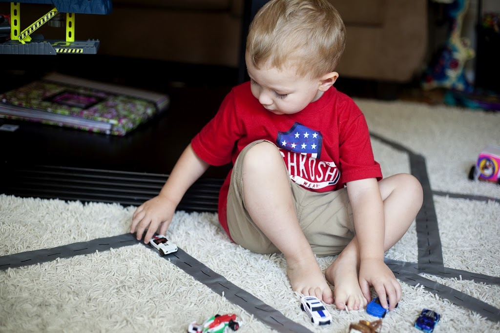 Super Simple Activities to Keep a Toddler Busy