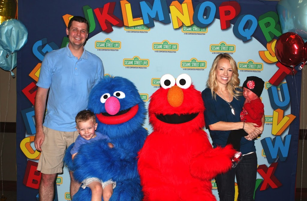 Can you tell me how to get to sesame street courtney westlake the meet and greet was really adorable they had coloring activities for the kids and the monsters all posed for pictures and then played with the kids m4hsunfo